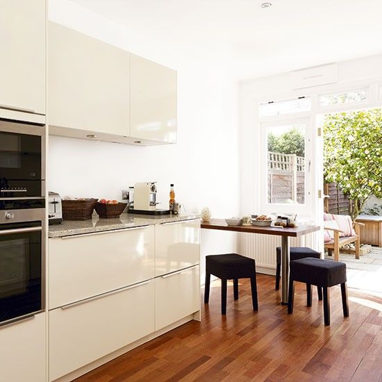 Best 25+ Galley Kitchen Layouts Ideas On Pinterest