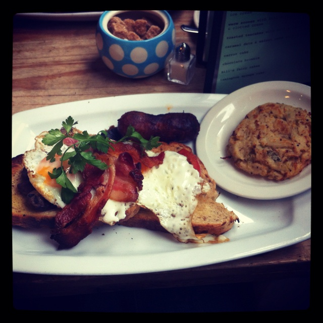 Full English breakfast at Bills in Brighton, with bubble and squeak and mustard seed mmmmmm