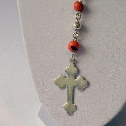 Collar de Rosario Tienda:Mestiza Modelo: Semilla Precio: $34.574  Ver aquí: http://bit.ly/1Kb0RXB