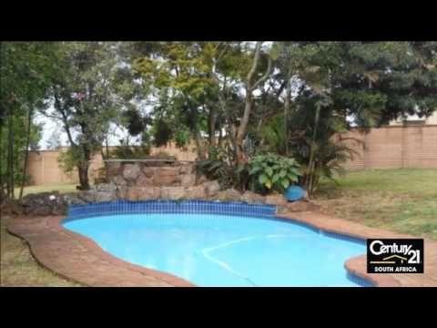 4 Bedroom House For Sale in Winston Park, Gillitts, KwaZulu Natal, South...