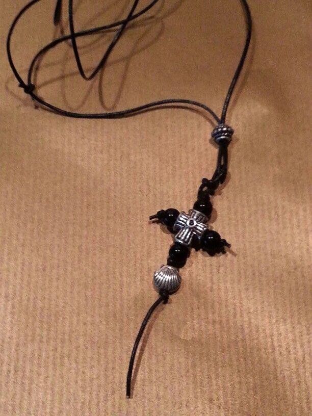Collana - l'Acqua o Dio - cuoio, argento ed opali.