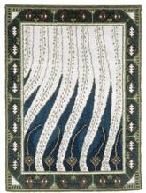 Akseli Gallen-Kallelan suunnittelemat Liekki -ryijyt ovat suomalaisen tekstiilitaiteen helmiä. Taiteilija oli itse hyvin kiinnostunut ryijyistä ja keräsi niistä itselleen kokoelman. Liekki ryijyn Gallen-Kallela suunnitteli Pariisin maailmannäyttelyyn vuonna 1900.