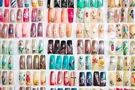 A lot of nail designs!