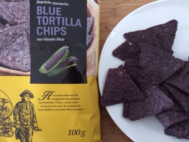 Once in a blue moon :-) #bluetortillachips for #cheatmeal . #love this. #calories #fit #fitfam #follow #followme #ios8 #fitness #gym #bodybuilding #noexcuses