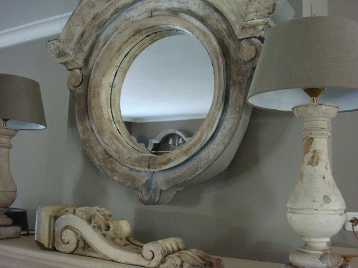 Belinda Heijnen   Love the mirror and lamps