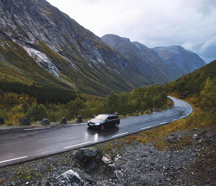 Down the valley at the start of Trollstigen. Be roadtripping is something unic will never be sick of this feeling athought it requires some compromises like food and quality sleep. by buchowski