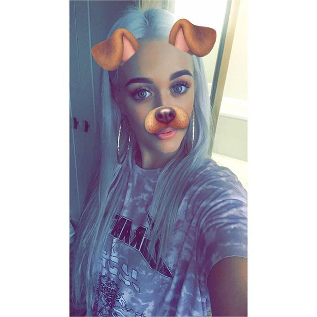 Lottie via snapchat || October 29, 2016 #lottietomlinson