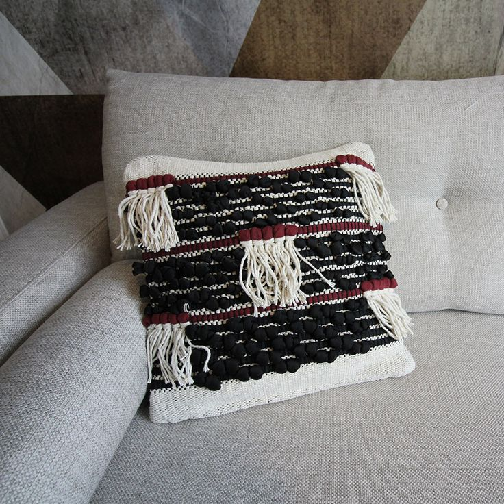 7 best coussin berbere images on pinterest cushions ethnic and ethnic decor. Black Bedroom Furniture Sets. Home Design Ideas