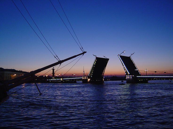 Дворцовый (Николаевский) мост