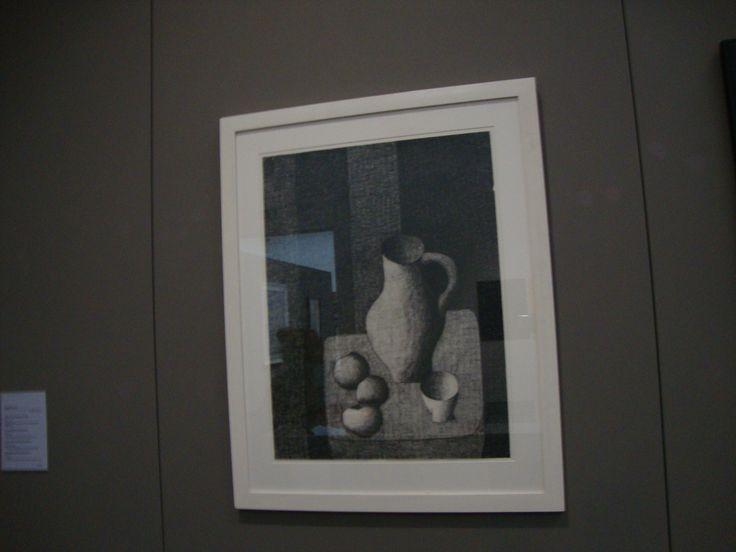 in dit schilderij zie je een licht-donker contrast want het is zwart-wit.