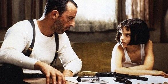— А жизнь - всегда такое дерьмо, или только в детстве?  — Всегда.    © Леон (Leon)