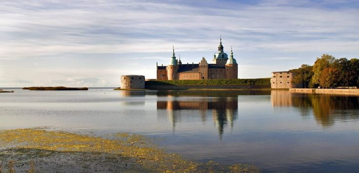 Any love in here for 13th century Swedish castles?