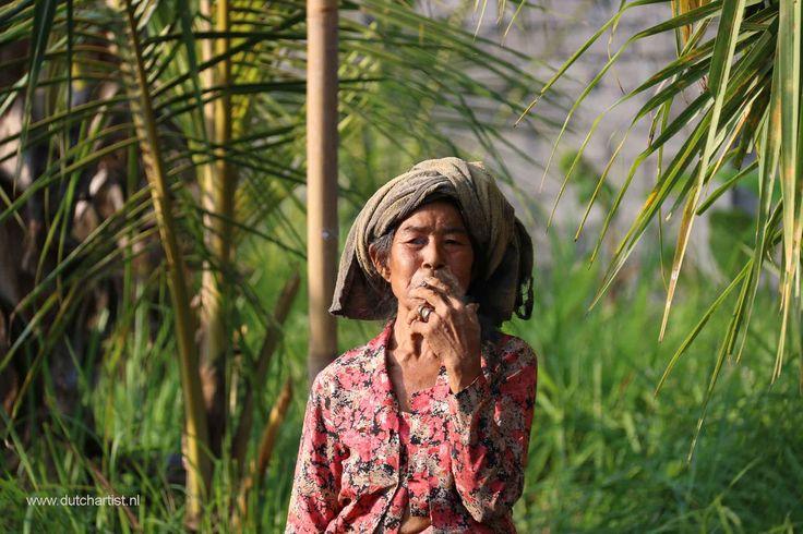 Balinese Old woman  Printsize A4  100 euro or 4 photos 200 euro emilesvv@hotmail.com