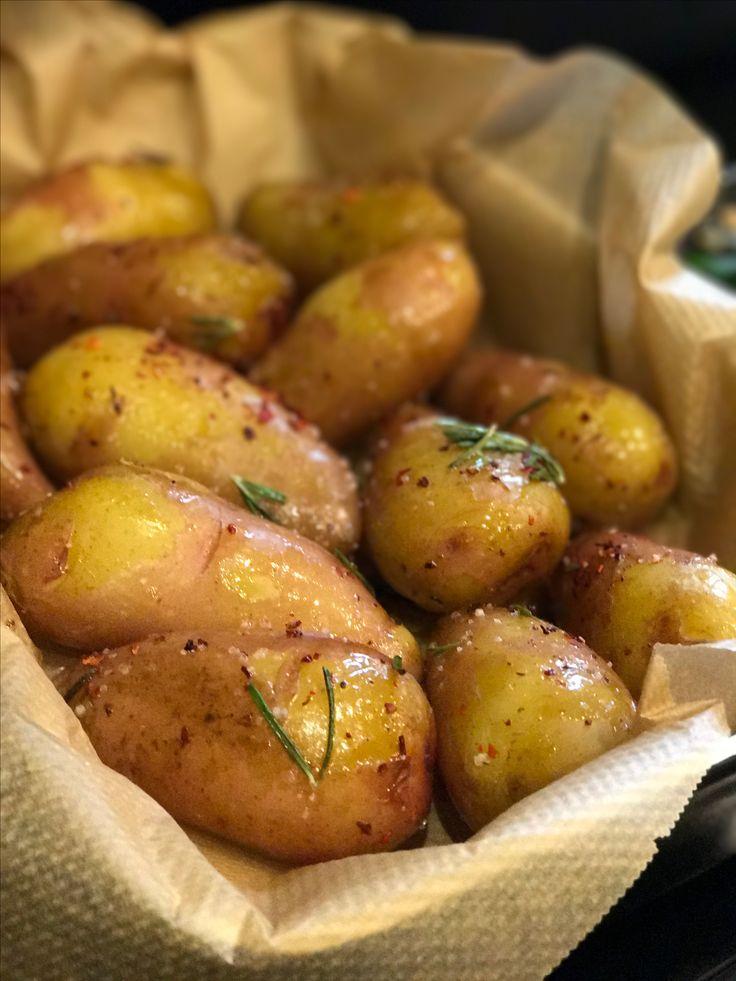 Baked rosemary potato.  Запечённый картофель с розмарином.