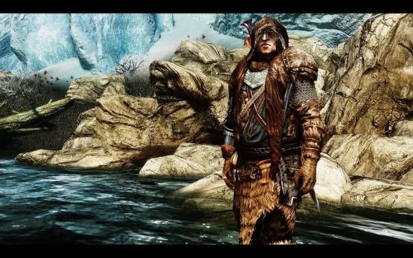 STORMCLOAK EXPLORER ARMOR - This mod gives you a new set of