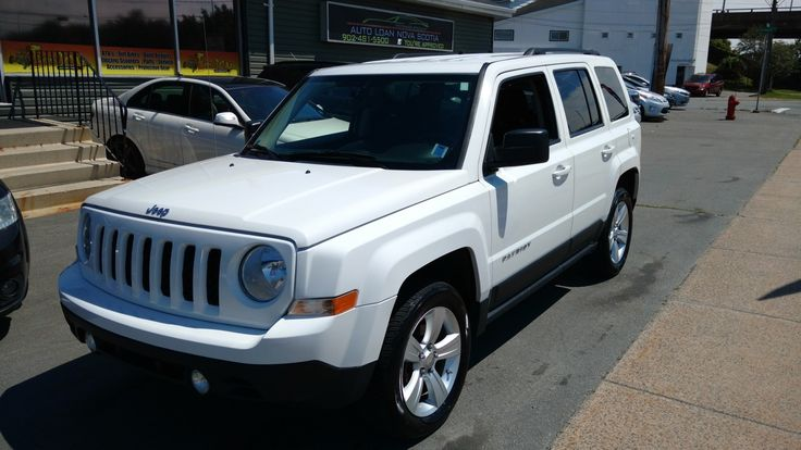 2012 Jeep Patriot North Edition -- 4X4 -- 11995$