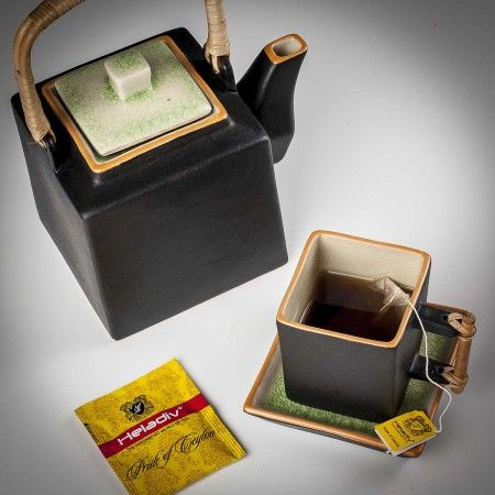 Teabags in six classic & contemporary flavours that come packed in a beautiful wooden gift box.