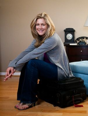How to Pack a Carry-on suitcase for 10 days. Step-by-step pictures from a flight attendant.