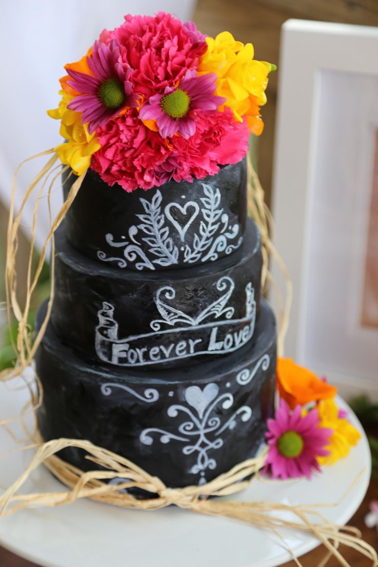 Black and white vintage inspired cake Talisman Café Waihi New Zealand www.hushaccommodation.co.nz