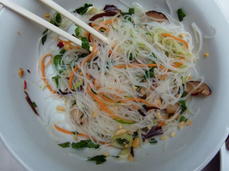 Yam Woon Sen — Mung Bean Noodle Salad with Herbed and Peanut