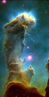 Eagle Nebula, Hubble - The Pillars of Creation