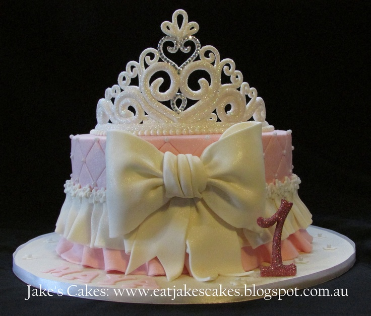 ... princess tiara cake with a handmade tiara by me - Happy Birthday Maya