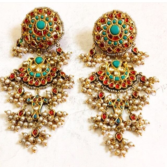 Magar earrings in red and phiroze  How they have alwaaaays fascinated me…