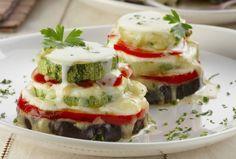 Legumes grelhados com queijos: é de dar água na boca