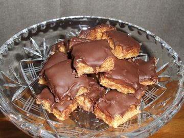 Supergode snickersbiter - oppskrift fra Dinmat.no