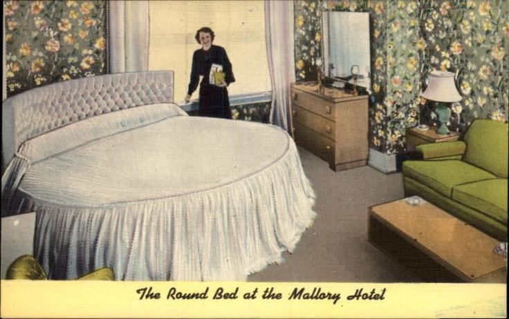 8 best vintage round beds images on pinterest round - 2 bedroom suites portland oregon ...