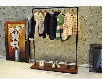 Madera de hierro tienda de ropa perchero de pie estante for Perchero de ropa