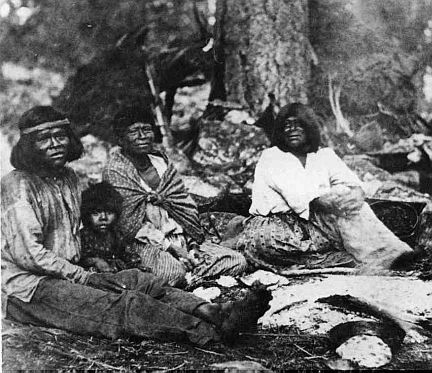 yosemite indians family by Yosemite Native American...THEY LOOK BLACK