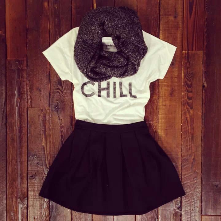 Perfect fall outfit for chilling with friends.