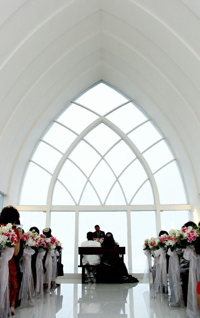 pemberkatan di gereja