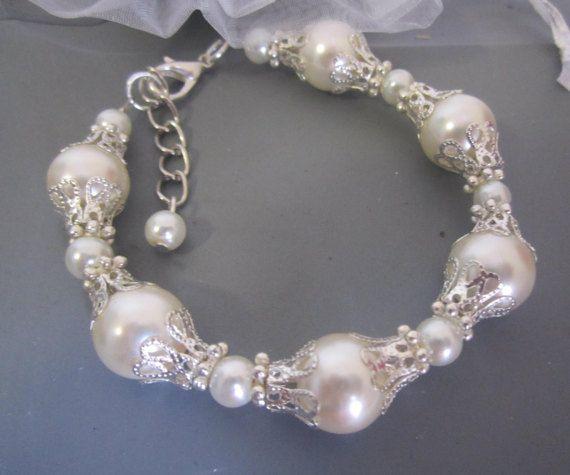 Ivory Pearl Wedding Bracelet Bridal Pearl Bracelet by SLDesignsHBJ