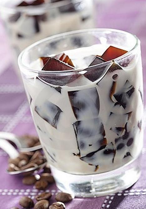 Koffie ijsblokjes met amandelmelk