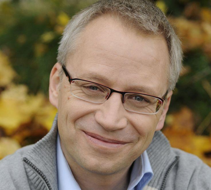Eheberatung, Paartherapie -Alleine, zu zweit, gar nicht? -  Interview mit Olaf Schwantes