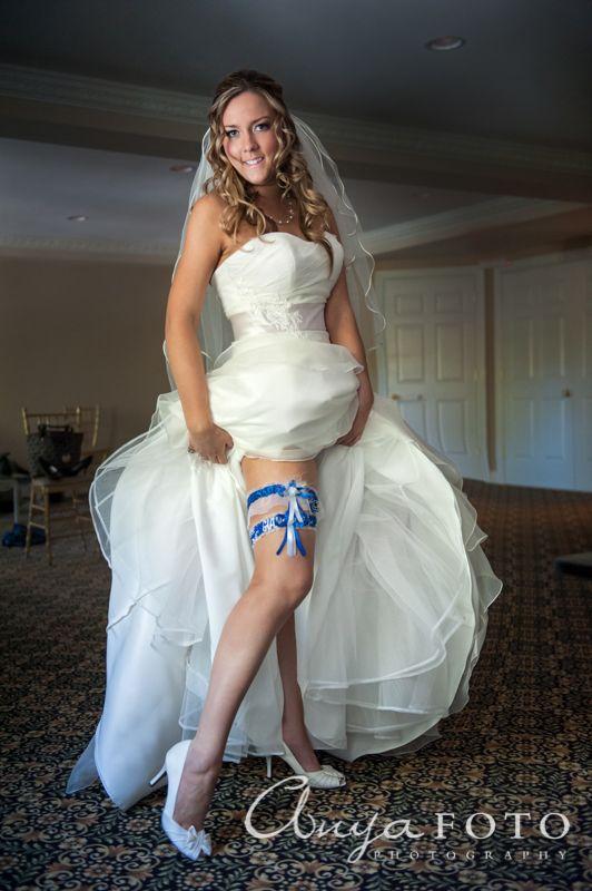 anyafoto.com, #wedding, wedding garters, bridal garters, ribbon wedding garters, blue ribbon wedding garters, football wedding garters, new york giants wedding garter, #somethingblue