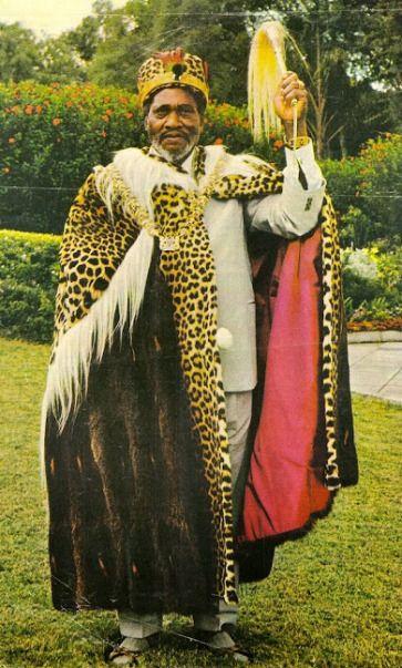 A LOOK AT KENYA THROUGH THE YEARS – PictureBlog 1914 – 1990s | Travel Diaries Kenya