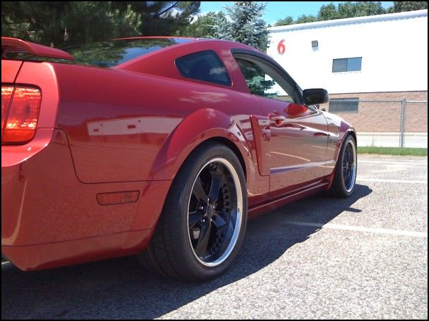 2005 Mustang Gt Tire Size