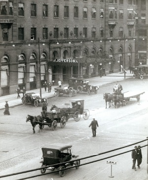 View of the Jefferson Hotel on the northwest corner of Twelfth and Locust Streets. (1915) Missouri History Museum