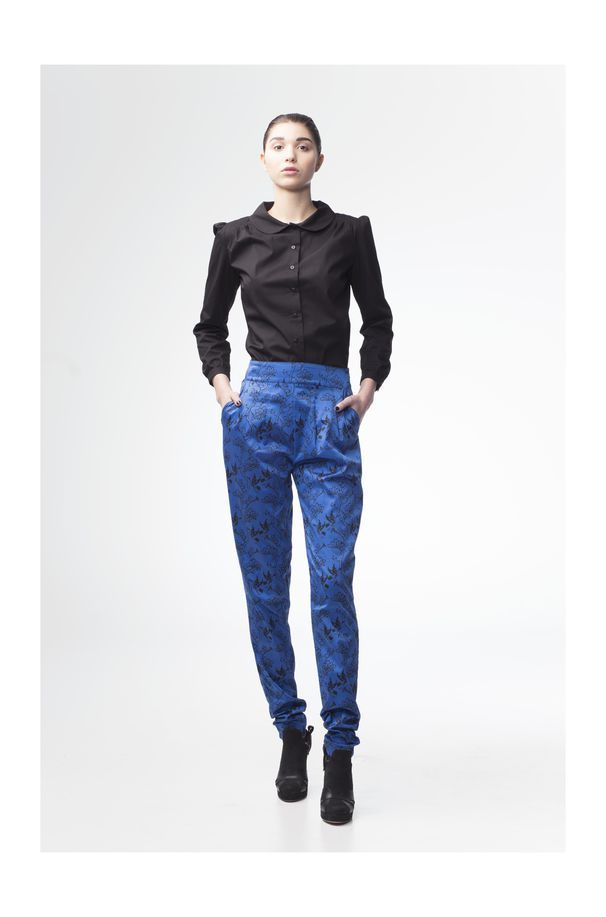 Piia Hänninen Crane trousers and Salene shirt.  http://shop.yalo.fi/product/1818/crane-trousers http://shop.yalo.fi/product/1819/salene-shirt