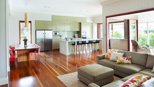 Colonial Charm Home    An historic Queensland house is sympathetically restored and extended to create a warm and inviting family home.