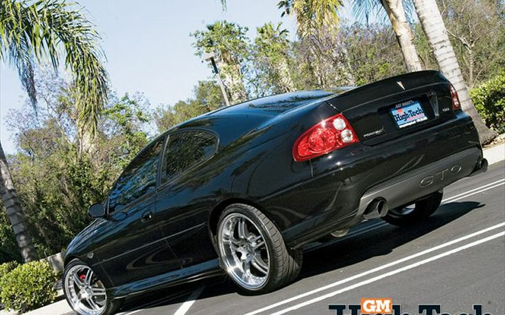2005_pontiac_gto+with_rear_spoiled