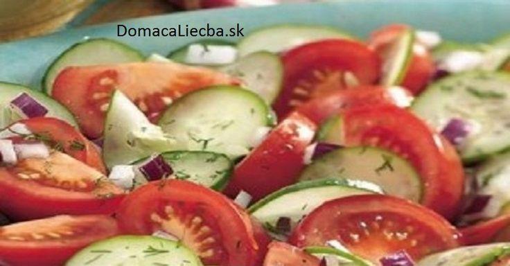 Takmer každý z nás má rád šaláty, ktoré najčastejšie obsahujú uhorky a paradajky. Táto kombinácia vám však môže spôsobiť vážne problémy.