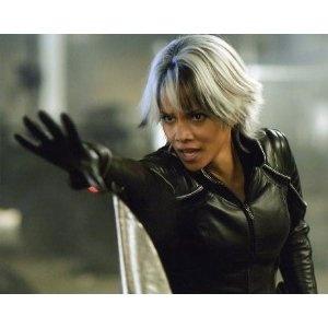 ブロマイド写真★『X-MEN:ファイナル ディシジョン』ストーム(ハル・ベリー)/手をのばす