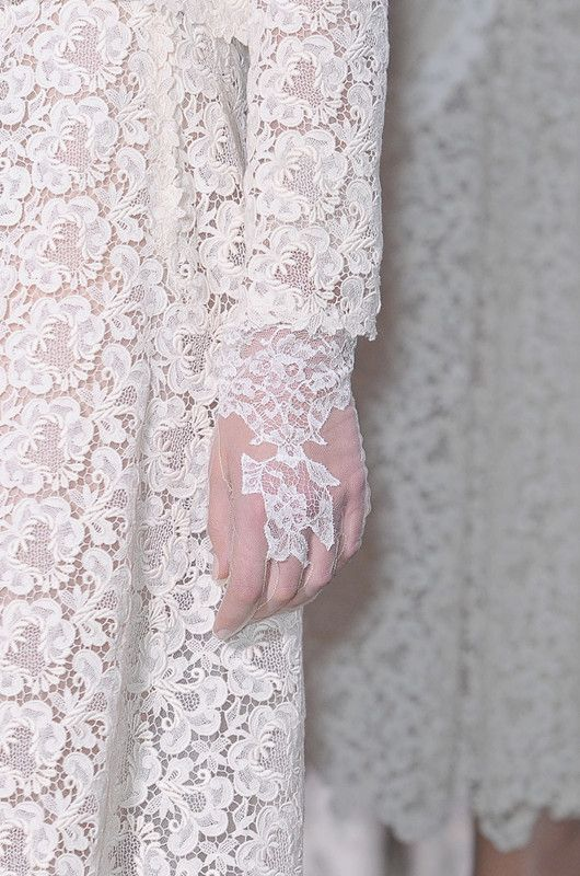 Valentino Haute Couture Spring 2012 Details