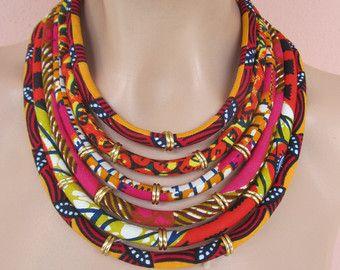 Collar largo / coloful collar africano/colgante collar por nad205                                                                                                                                                                                 Más