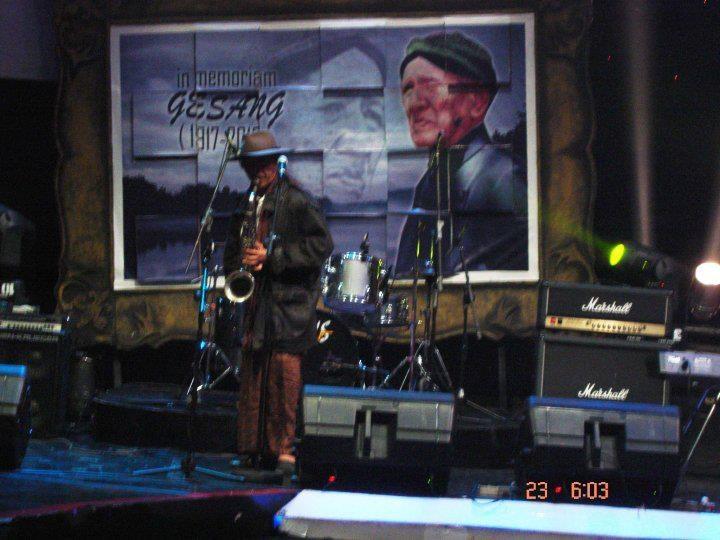 mbah @sudjiwotedjo di 'in memoriam Gesang'... long time ago, tvOne...