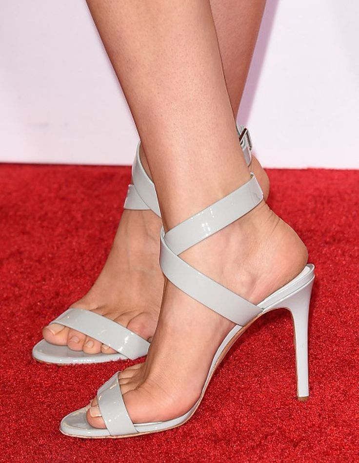 Kaley Cuocos Feet